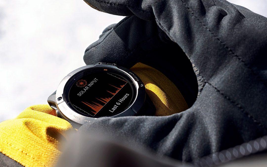 Garmin hodinky Fēnix 6X majú množstvo užitočných funkcií. Cez displej sa dobijú na slnku