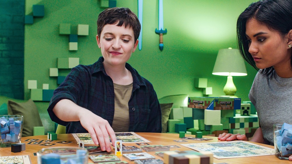 Populárnu počítačovú hru Minecraft si môžete zahrať aj vo verzií stolovej spoločenskej hry